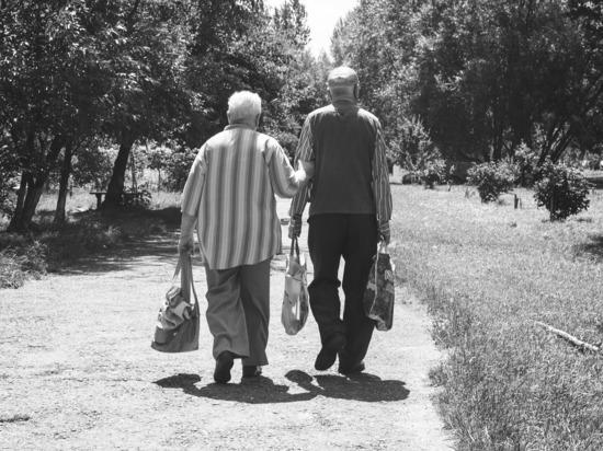 Психологи выяснили, как пожилые пары избегают ссор