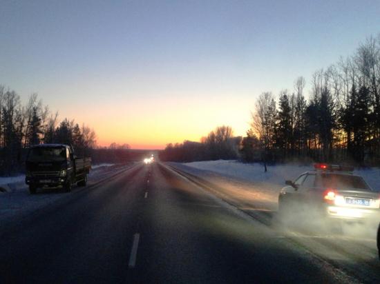 Новосибирская полиция патрулирует трассы в аномальные морозы