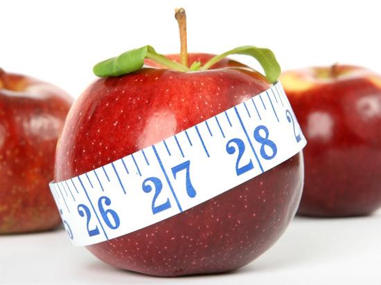Диетолог развеял надежды на похудение в холодное время года