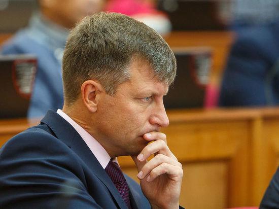 Депутат Михаил Степанов предложил сократить зарплату мэра Улан-Удэ