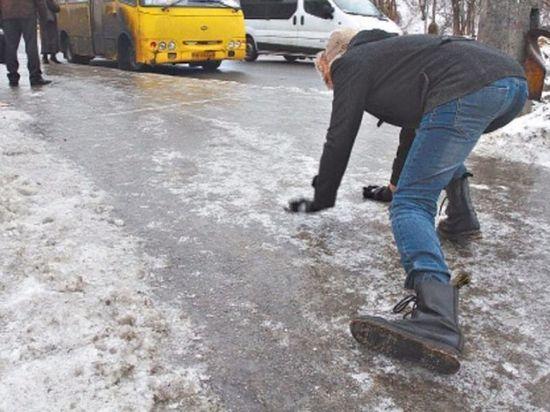 Жителей Тверской области предупреждают о сильной гололедице