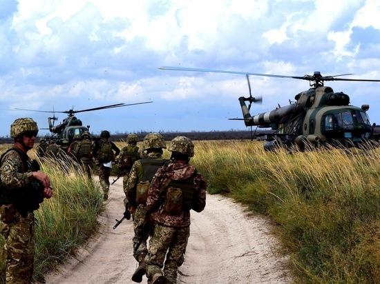 Порошенко заявил о наращивании войск на границе с Россией