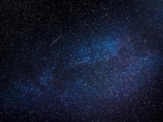 Мощнейший звездопад и «главную комету зимы» увидят россияне через неделю