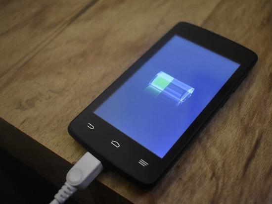 Химики придумали, как сделать батарею смартфона в 8 раз мощнее