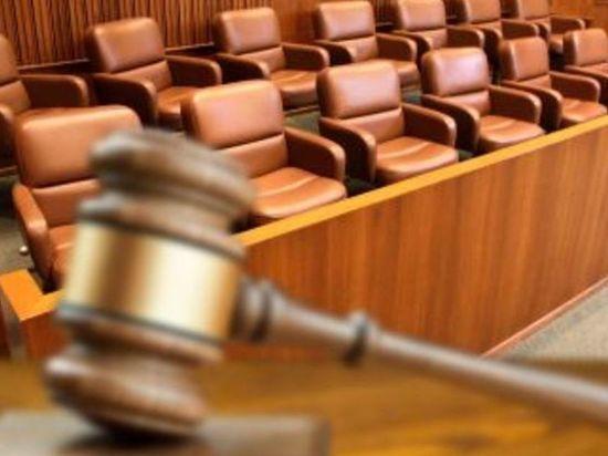 Судьбу отчима, забившего в Липецке малыша, решат присяжные