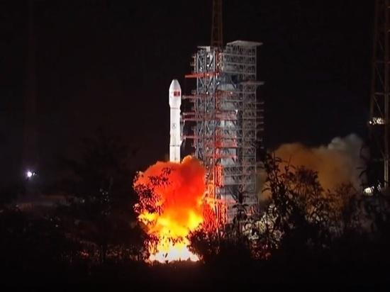 КНР запустил луноход для первой посадки наобратную сторону Луны