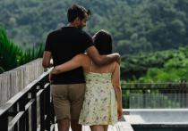 Люди, считающие себя высокими, в среднем чаще довольны собственной сексуальной жизнью, чем те, кто не может охарактеризовать себя таким образом