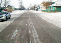 Около восьми часов утра в Прибайкальском районе 35-летний водитель «Тойоты Пронард», который следовал около дома 47 по улице Коммунистическая села Ильинка, наехал на 40-летнего пешехода