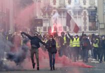 «Россия захватила Париж»: чего там уже стесняться