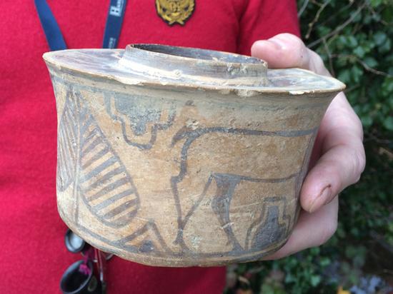 Подставка для зубных щёток оказалась артефактом бронзового века