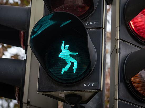 В Германии появился светофорный Элвис