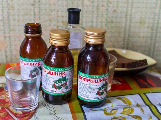 Медведев поставил крест на «фанфуриках»: будут стоить как водка