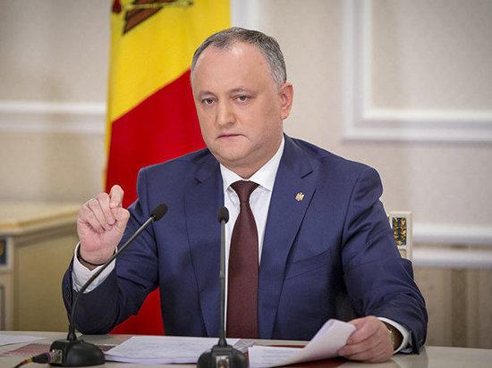 Додона отстранили отобязанностей президента Молдавии