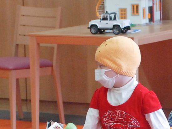 За выселяемых москвичами «заразных» онкобольных детей заступились