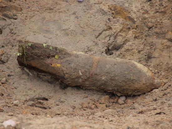 В Северном откопали 250-килограммовую авиабомбу