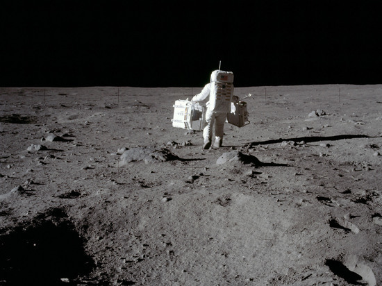 РАН представила неожиданное доказательство, что американцы летали на Луну