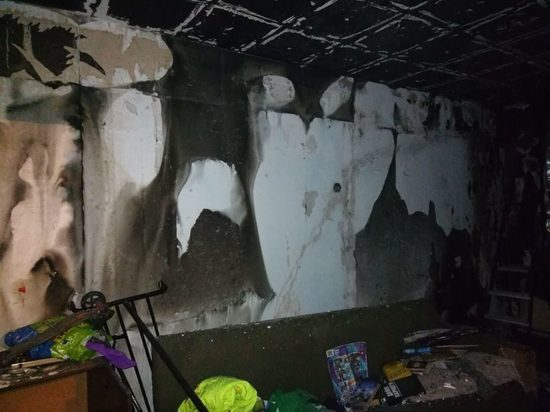 Заринские подростки спасли детей из горящей квартиры