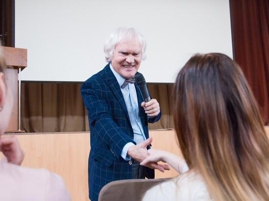 Встреча без кошек: Юрий Куклачёв приехал в Тверь не для представлений
