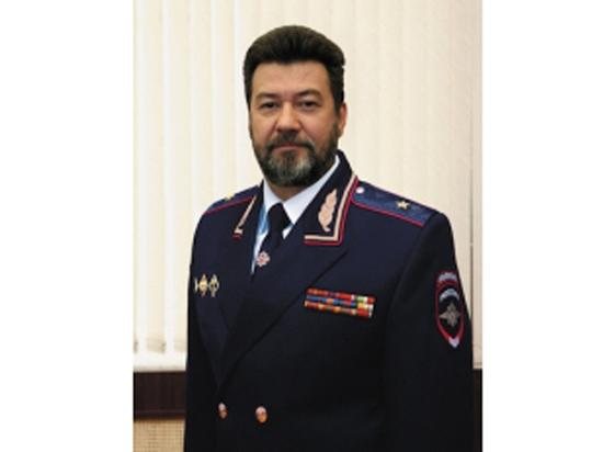 Иск жены, запрет Хаски: несколько версий отставки «экстремистского» генерала МВД