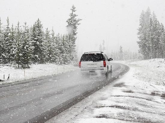 На перевале «Мандрик» в Бурятии из-за снега ограничено движение