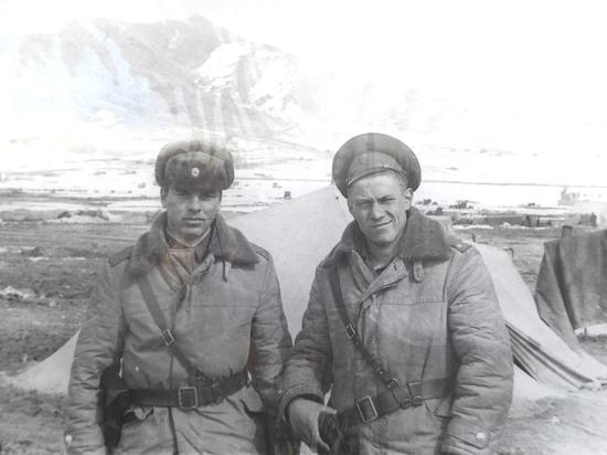 Первое время в Афган шли