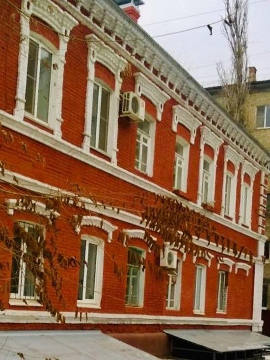 В волгоградском доме, которому исполнился 101 год, окончен капремонт