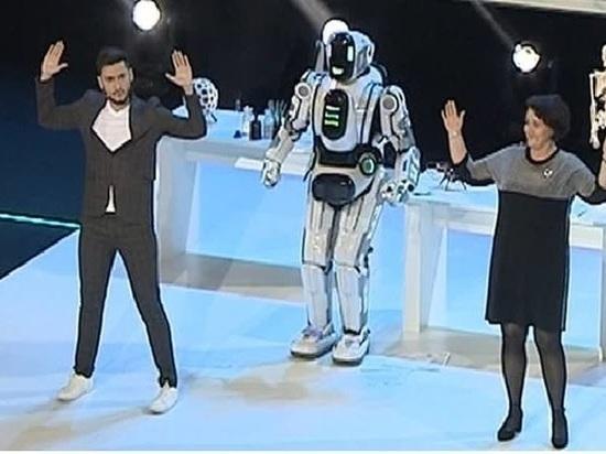 «Россия 24» объяснила казус с сюжетом о роботе, оказавшемся человеком