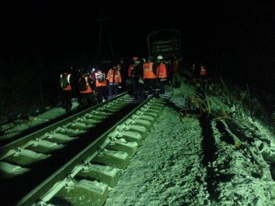 Закончен ремонт железной дороги после схождения с рельсов  поезда