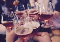 Законопроект о запрете продажи алкоголя молодежи до 21 года начал разрабатывать Минздрав