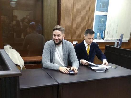 Москвича, насильно приподнявшего росгвардейца, попросили наказать годом