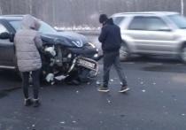 Крупная авария на проспекте Фрунзе в Ярославле спровоцировала большую пробку
