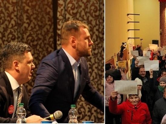 «Лохотрон и мультики»: в Урдоме Фоменко грозились поднять на вилы