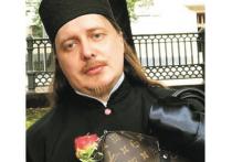 Слово в защиту «попов на Мерседесах»: нелегка жизнь «гламурных священников»