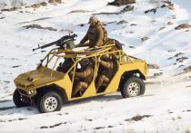 Нацгвардия Украины похвасталась новинкой военной техники — четырехместной машиной, лишенной всякой бронезащиты