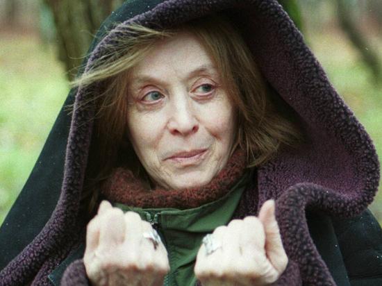 Прикованная к постели Маргарита Терехова умирает в нищете