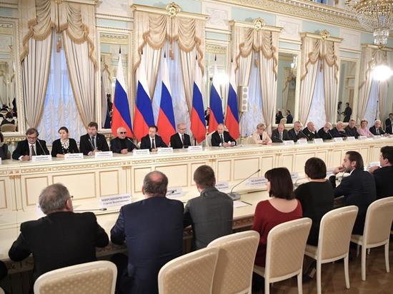 "Путину напомнили его слова о ""бюрократической мертвечине"""