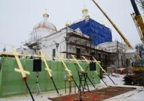 В Гагарине освятили кресты собора Благовещения Пресвятой Богородицы