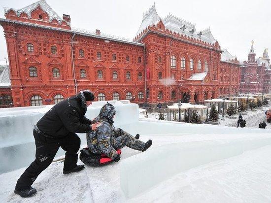 В Москве откроются 38 горок для зимнего катания