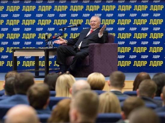 Жириновский: большинство белорусов поддержит вхождение страны в состав РФ