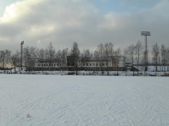 Депутаты засомневались в целесообразности строительства ледового дворца рядом со стадионом