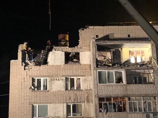 Жители поврежденного взрывом дома должны быть обеспечены всем необходимым вещами