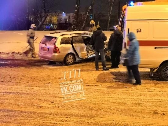 ДТП с автобусом и легковым автомобилем в Новокузнецке оказалось смертельным