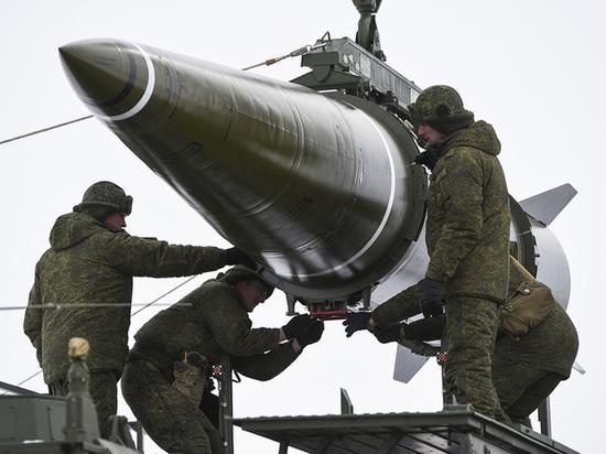 В США обнаружили свою беспомощность перед гиперзвуковым оружием России