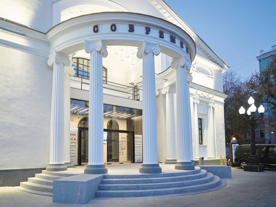 """Театр """"Современник"""" возвращается в историческое здание: нам показали """"обновки"""""""