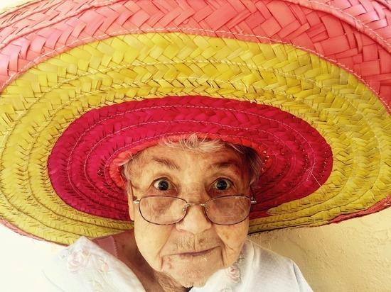Найдена неожиданная причина долголетия женщин