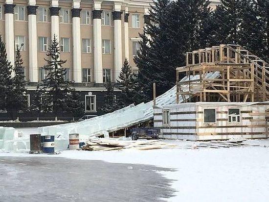 Прокуратура Бурятии проверит платную горку на площади Советов в Улан-Удэ