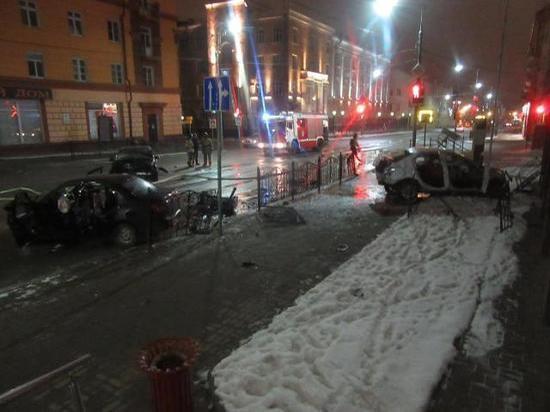 В центре Смоленска ночью произошло страшное ДТП