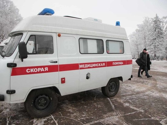 Новые автомобили скорой помощи и мобильные ФАПы пополнили автопарк вологодских медучреждений