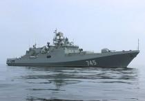 Очевидцы заметили судно у побережья Крыма