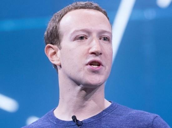 Forbes признал Цукерберга главным